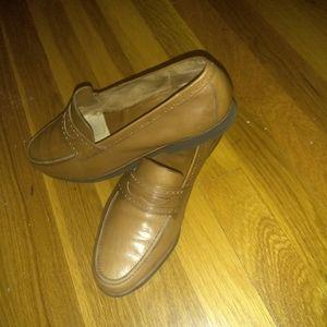 FERRAGAMO women's loafers sz 8.5